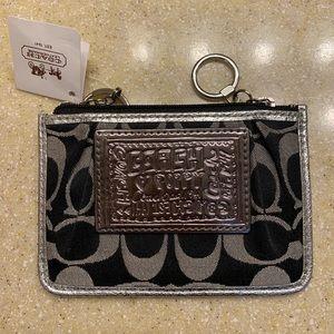NWT Coach Poppy credit card wallet